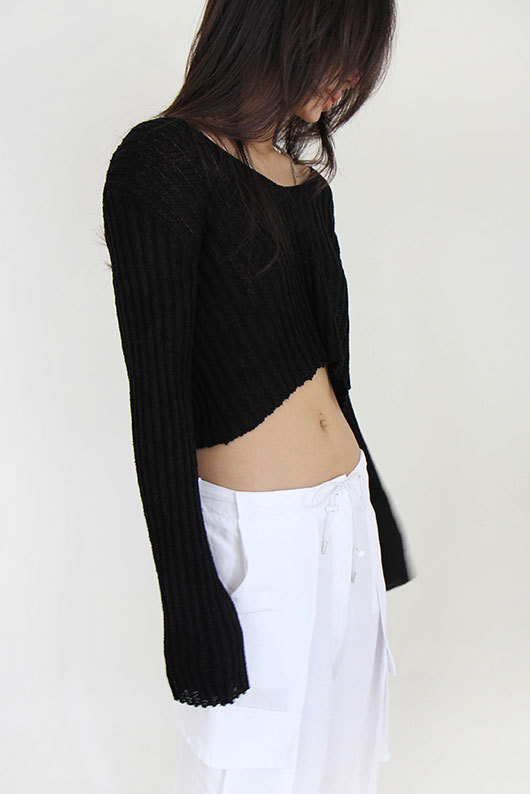 CROP V NECK KNIT(8월11일 이후 입고)