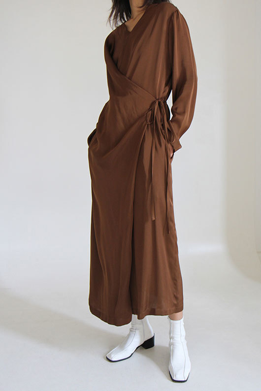 RAP DRESS (BROWN ONLY ONE)