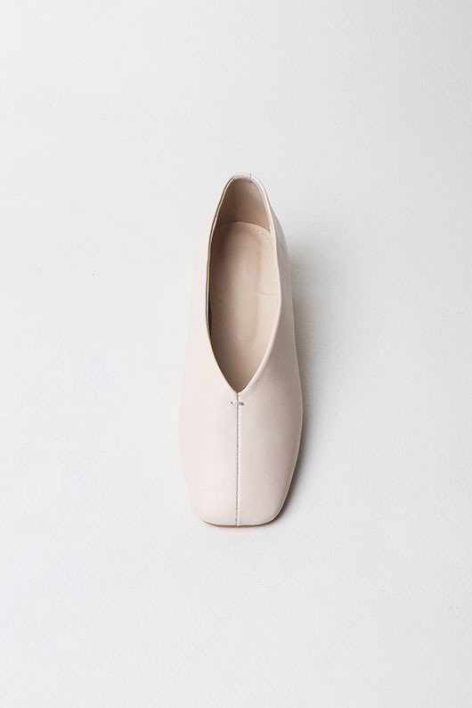 SHEEPSKIN FLAT SHOES(3월 발송 예정)