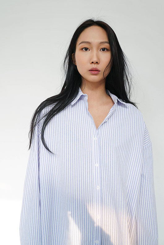 LOOSE FIT STRIPE SHIRTS(BLACK COLOR 3월초 발송예정)