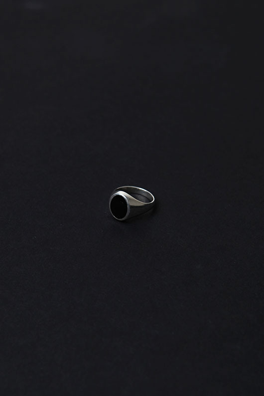 BLACK POINT OVAL RING (925 SILVER)