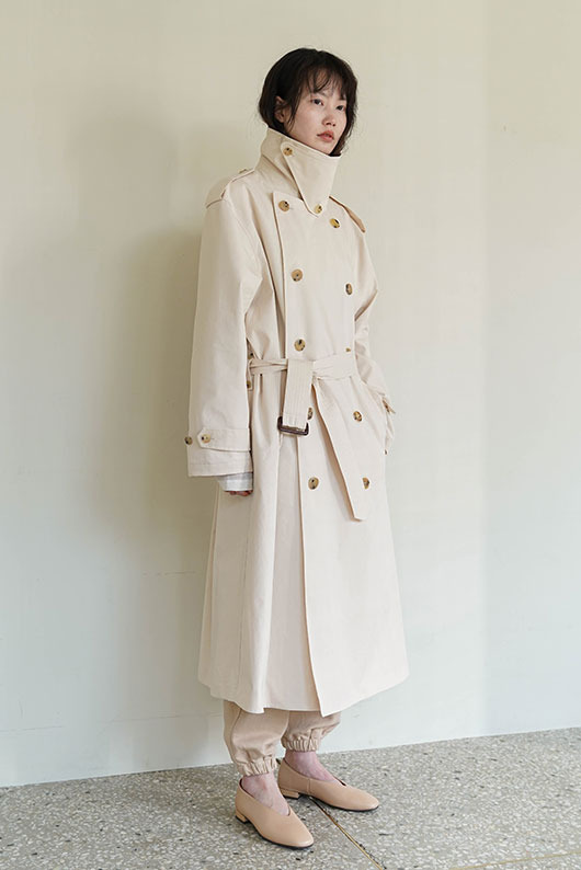REFINED TRENCH COAT