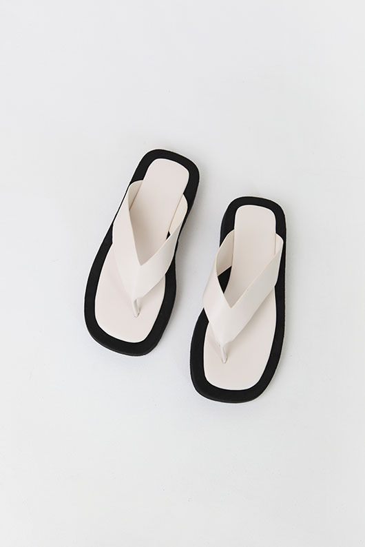 WEARABLE FLIP FLOPS