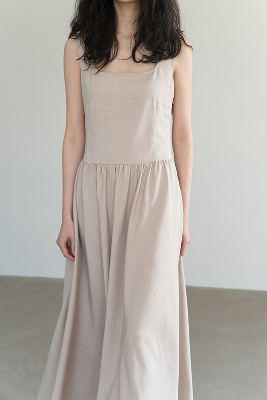 MONNO DRESS (BEIGE)