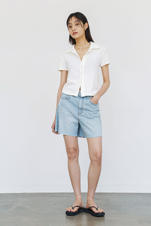 LOVE LIGHT BLUE SHORTS DENIM