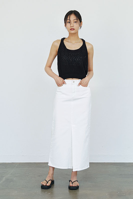SLIT WHITE DENIM SKIRT