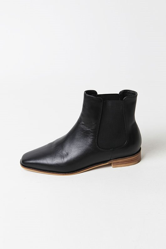 MOOD COWHIDE ANKLE BOOTS