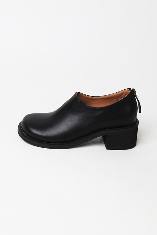 CHUNKY ROUND SHAPE SHOES (3 COLOR)