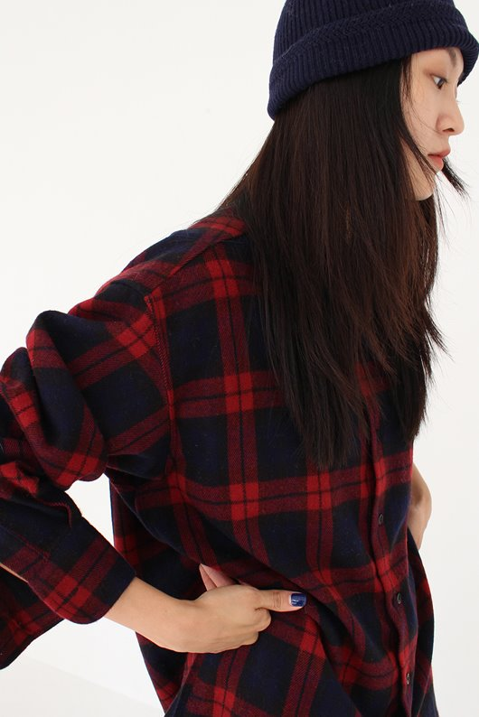 WARM CHECK SHIRTS (RED COLOR)