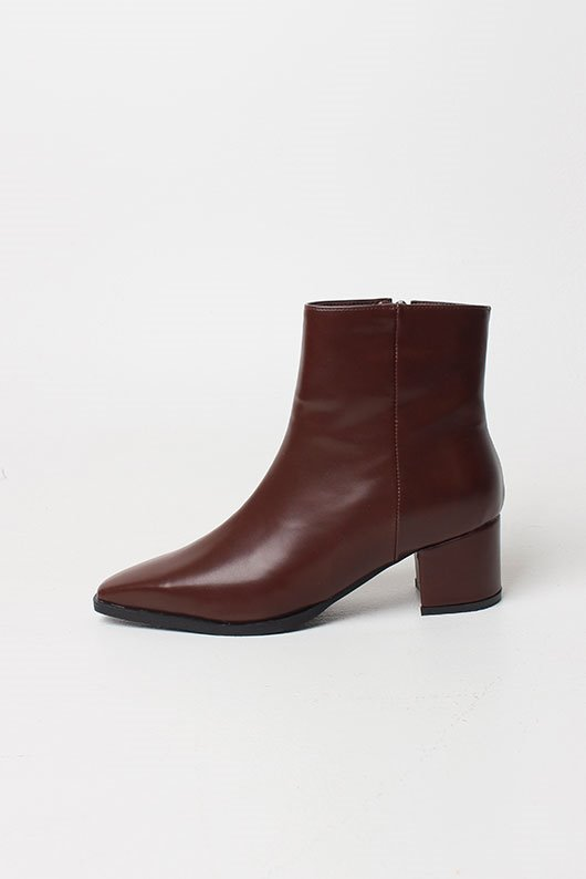 STEP ANKLE BOOTS (2 COLOR)