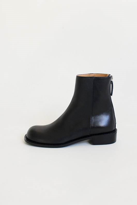 REAL LEATHER ROUND BOOTS (2 COLOR)