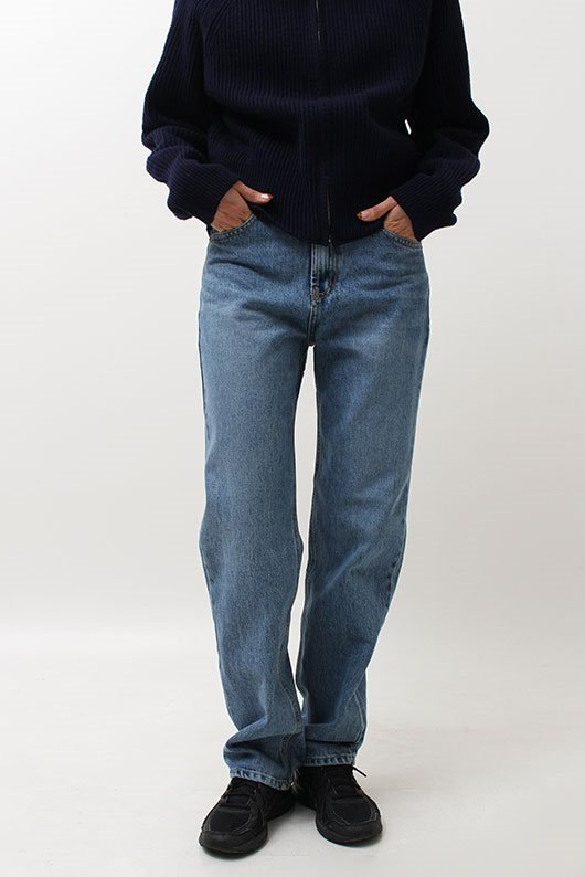 FEIN STRAIGHT LONG DENIM (BLUE COLOR)